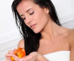 Alles wat je moet weten over een Haaroliebehandeling (FAQ)